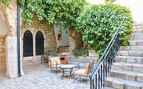 Ruth Rimonim Safed Hotel