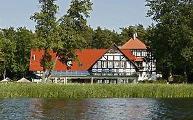 Jabłoń - Lake Resort