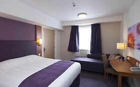 Premier Inn Junction 32
