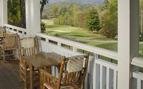 Brasstown Resort And Spa
