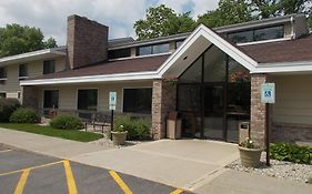 Boarders Inn And Suites Ripon Wi