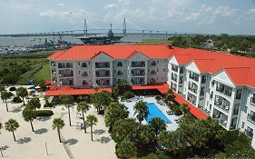 Charleston Harbor Inn And Resort