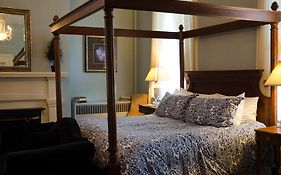 Bourbon Manor Bed And Breakfast Bardstown Ky
