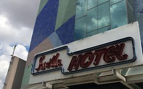 Hotels in Saville