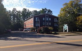 Handys Extended Stay Suites Colchester