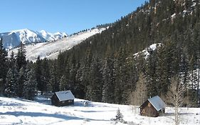 Pioneer Guest Cabins Crested Butte Co