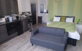 Old Town Apartments Swindon