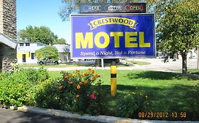 Crestwood Motel Burlington On