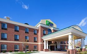Holiday Inn Express Chesterfield Mi