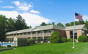 University Inn Academic Suites Orono Me