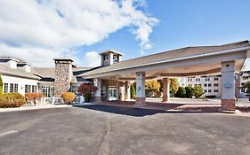 Holiday Inn Saint Ignace Michigan