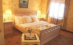 Hotel Lux Angliter Vologda