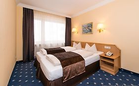 Hotel Royal Munich Booking