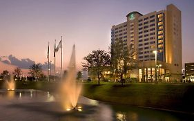 Embassy Suites Katy Freeway