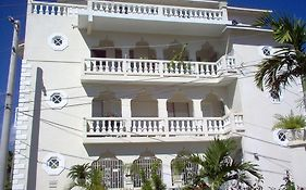 Bethel Court Guesthouse Montego Bay