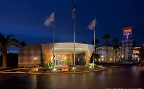 Clarion Hotel Kissimmee Fl