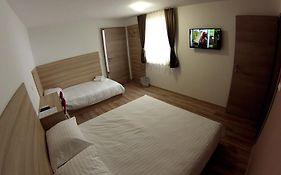 Sweet Dreams Rooms And Apartments Postojna photos Room