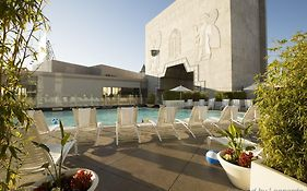 Loews Hotel Hollywood 4*