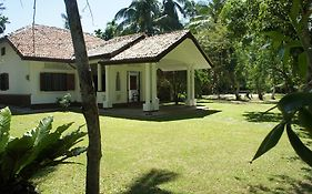 Villa Kathaluwa photos Room