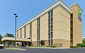 Holiday Inn Express Worcester Ma