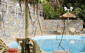 Kymothoi Rooms & Pool Bar Andros Island