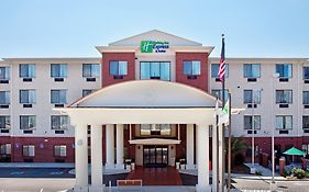 Holiday Inn Express Ocean Springs