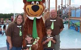 Yogi Bear Camp Resort Wisconsin Dells