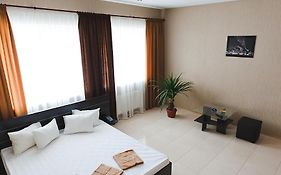 Hotel 8th Mile Dnipropetrovsk