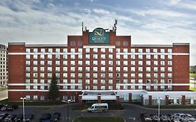 Quality Inn And Suites Pointe Claire