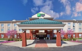 Holiday Inn Express Manchester Tennessee