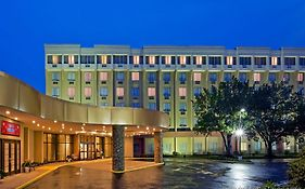 Crowne Plaza Monroe South Brunswick