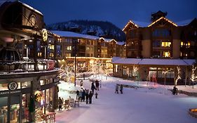 Mammoth Lakes Village