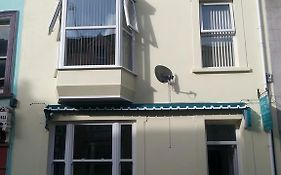White Rose Guest House Tenby