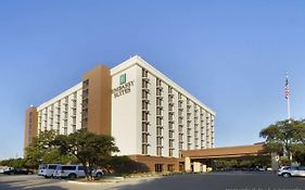 Embassy Suites Hotel Dallas Market Center