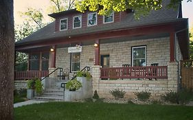 Bed And Breakfast in Manhattan Ks