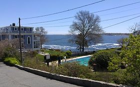 Yankee Clipper Inn Rockport Massachusetts
