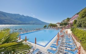 Gardasee Limone Hotel Ideal