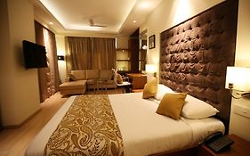 Riverview Hotel Ahmedabad