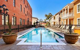 Savannah Residence Inn