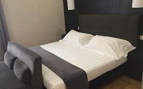 Rhome Terminal Suite & Apartment Rome