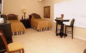 Gulfcoast Holiday Homes - Cape Coral