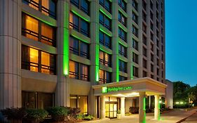 Holiday Inn & Suites Ottawa Downtown