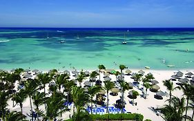 Aruba Marriott Surf Club