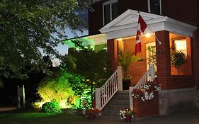 Lili Bed And Breakfast Niagara Falls