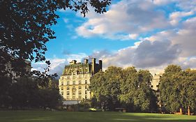 Ritz Carlton London