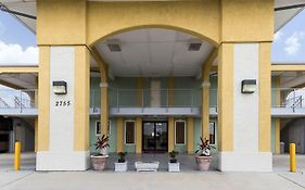 Econo Lodge Inn & Suites Downtown Northeast San Antonio Tx