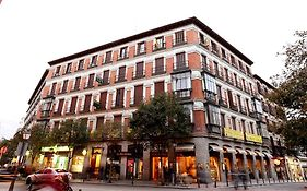 Hostal Sil Serranos Madrid