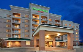 Courtyard Marriott Toronto Mississauga