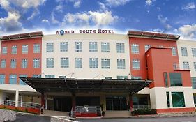 World Youth Hotel Ayer Keroh