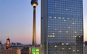 Park Inn by Radisson Berlin Alexanderplatz Hotel